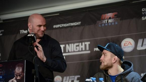 Уайт потвърди, че разговаря с Густафсон относно завръщането му в UFC
