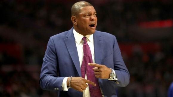 Док Ривърс с победа №900 като треньор в НБА