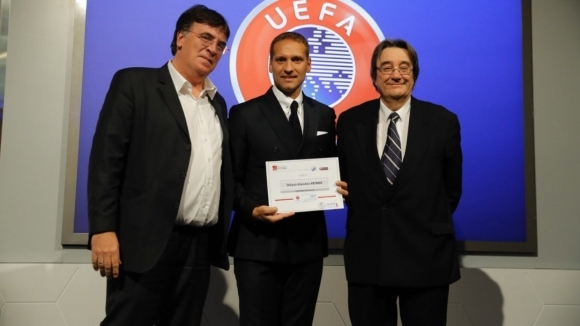 Стилиян Петров се похвали с диплома от програма на УЕФА