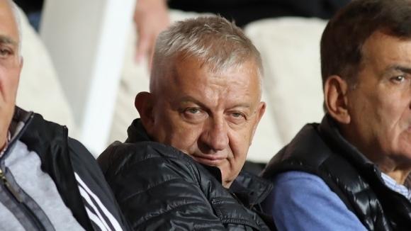Крушарски: Предложих пост на Георги Илиев, от гафа с Уулвс съм 30 000 евро назад (видео)