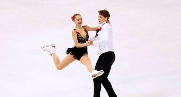 Бойкова и Козловски триумфираха при спортните двойки на Гран при в Москва