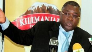 ФИФА изхвърли от футбола президента на федерацията на Танзания
