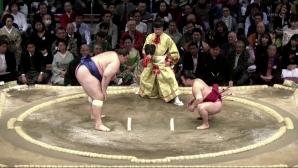 Аоияма загуби схватката си от петия кръг във Фукуока