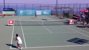 Михайлова отпадна на четвъртфиналите в Анталия