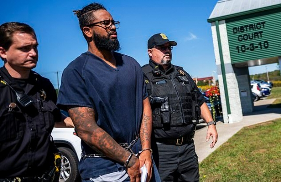 Арестуваният за педофилия питчер на Питсбърг с 21 нови обвинения