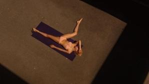 Гимнастичка смени спорта с мода (снимки)