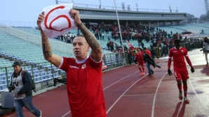 Бивш играч на ЦСКА: Отказах се от € 100 000, защото обичам клуба, другите ближат зад**ци