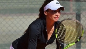 Вангелова се класира на полуфинал на двойки в Анталия