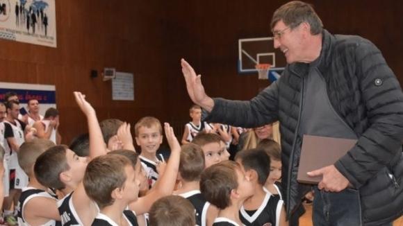 Георги Глушков присъства лично на рождения ден на Локомотив Горна Оряховица
