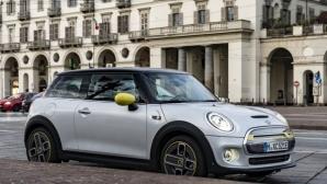 """""""The E-talian Job"""": бягство от трафика с новото MINI Cooper SE"""