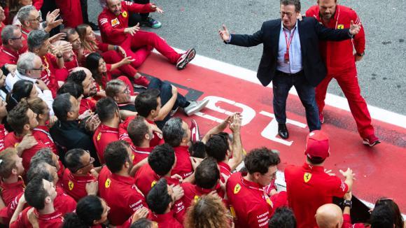 Ферари признаха за разговори с Хамилтън