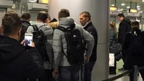 Самолет с фенове на Аталанта кацна принудително в Киев