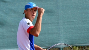Донски стартира с победа в Гърция, травма спря Лазаров
