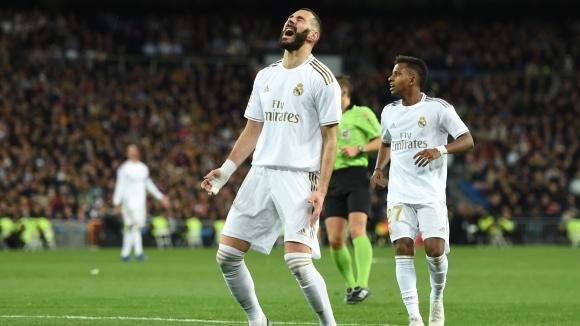 """Реал Мадрид """"счупи"""" гредите, но така и не вкара, Барса изкова преднина (видео + галерия)"""