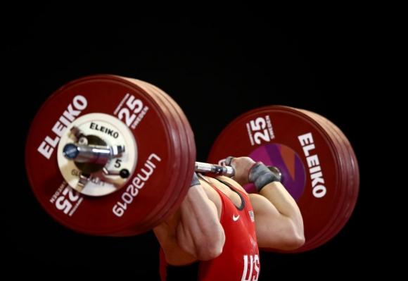 Вдигането на тежести остава в олимпийската програма и за Париж 2024