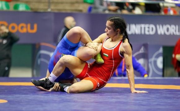 Двама наши борци на финал, жените с 3 медала в Истанбул