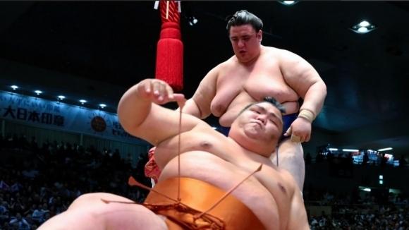 Аоияма стартира с победа в Токио