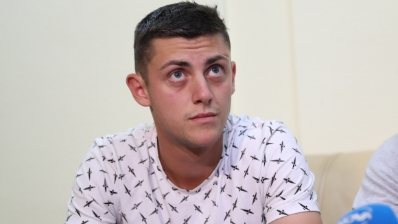 Алекс Лазаров: Лекарите ми казаха да спра с тениса