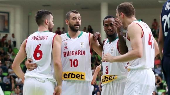 Бост ще играе за България, преговарят за Везенков