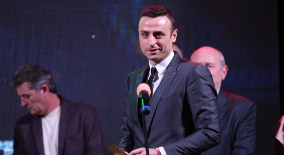 Бербатов може да е треньор след 24 януари