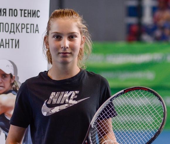 Младите звезди на България - Мария Рогачева