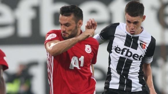 ЦСКА-София пуска Тони Уот без пари в Шотландия