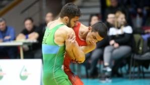 Вангелов взе приза за най-техничен борец в свободния стил