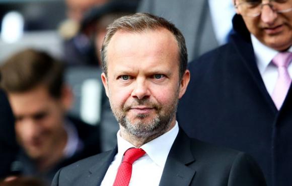 Фенове нападнаха дома на шеф в Манчестър Юнайтед