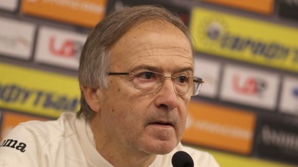 Дерменджиев: Индиана Василев любезно отказа да играе за България