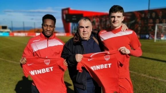 Царско село подписа с двама нови футболисти