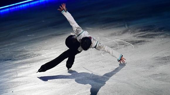 """Юдзуру Ханю спечели титлата на """"Четирите континента"""""""