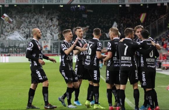 ЛАСК ликува в дербито с РБ Залцбург след голеада
