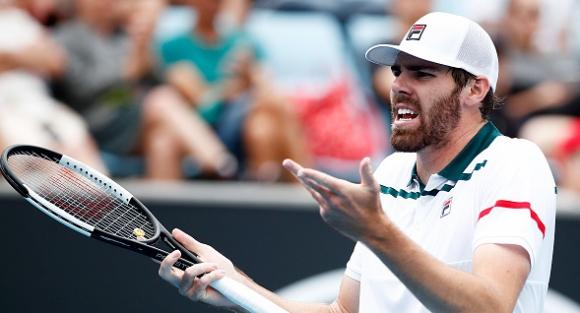Още един от фаворитите отпадна на турнира по тенис в Ню Йорк