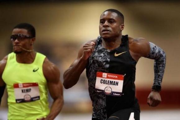 Коулман оглави световната ранглиста на 60 метра с 6.37 сек