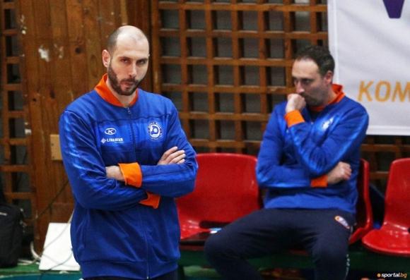 Дани Милушев: 24 часа преди мача половината отбор се разболя