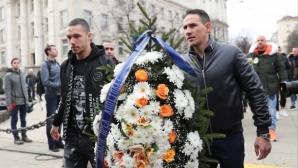 Треньори, футболисти и директор направиха нещо невиждано за Левски и българския футбол (видео)