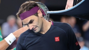 "Федерер се оперира, пропуска и ""Ролан Гарос"""