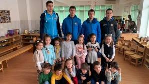 """Академик Бултекс 99 подари мартеници на децата от ЦДГ """"Марица"""""""