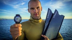 На един дъх: Руснак преплува 180 метра под леда за рекорд на Гинес