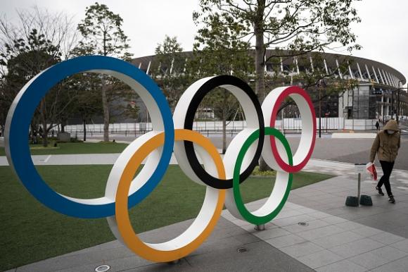 Борци сменят категории и стилове в преследване на олимпийски квоти