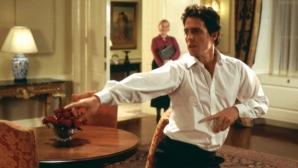 Джоузеф Паркър танцува като Хю Грант в романтична комедия (видео)
