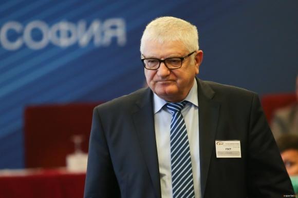 Петър Кънев: Трябва да се вземе моментното класиране за окончателно и да се сложи официален край