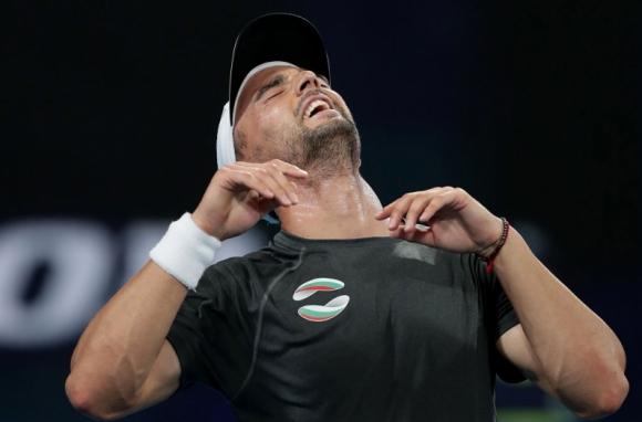 """Кузманов апелира да се движим чрез """"Вкъщи с българските тенис звезди"""""""
