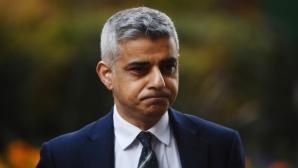 Кметът на Лондон: Футболистите трябва да жертват заплатите си
