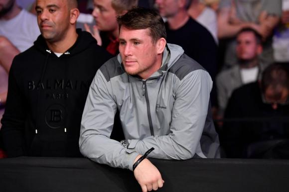 Дарън Тил призова UFC за повече пари