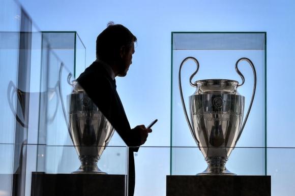 УЕФА реши за евроучастниците, ако сезонът не завърши