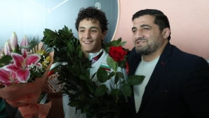 Баща и син: Две звезди с големи сърца в подкрепа на малкия Калоян