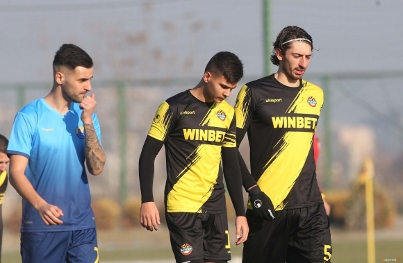 Измамната западна мечта на родните футболни таланти