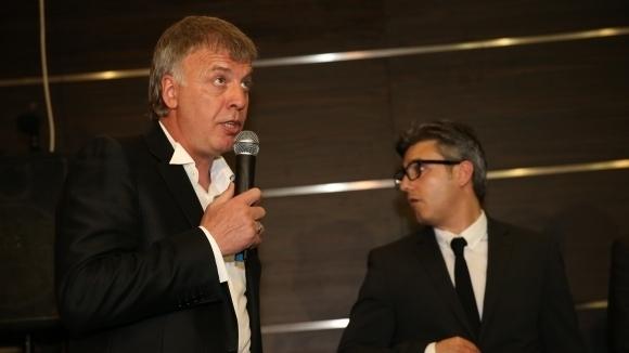Сираков отправи призив към Божков и заяви: Готов съм да получа акциите (видео)