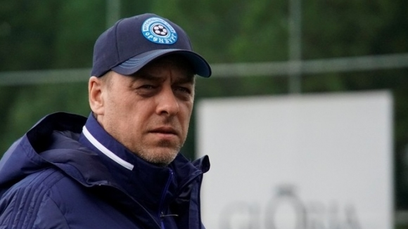 Оренбург обяви раздяла с Константин Емелянов